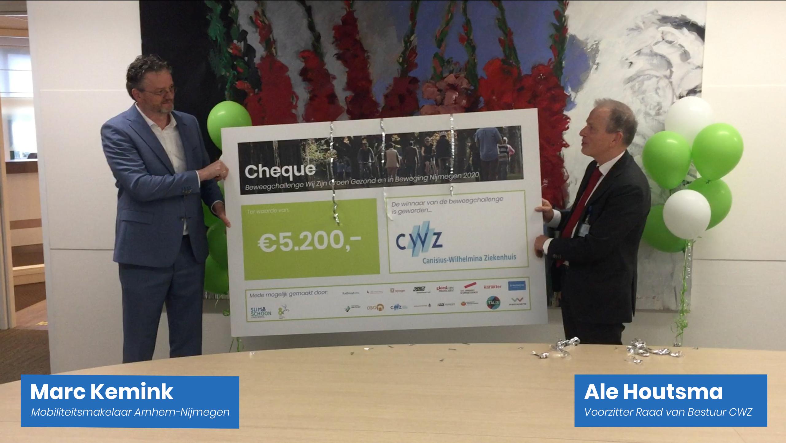 Prijsuitreiking cheque CWZ Beweegchallenge