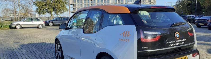 deelauto amber bij e-hub nijmegen handelskade